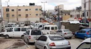يطا بلا مجمع سيارات والمواطنون يناشدون عبر وطن لتخليصهم من الأزمة الخانقة