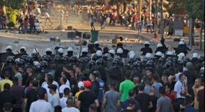 سحل وضرب وحجارة وغاز.. بهذه الوحشية قمع المتظاهرون في رام الله..