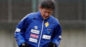 أكبر لاعب كرة قدم ياباني (53 عاما) يشارك أساسيا في دوري بلاده