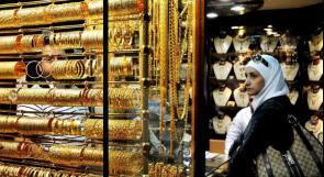 الأزمة المالية تدفع المواطنين لبيع مدخراتهم الذهبية
