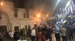 صور .. اندلاع حريق بالمسجد الحسيني التاريخي وسط عمان