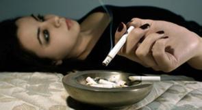 التدخين يحرمك من النوم الهادئ