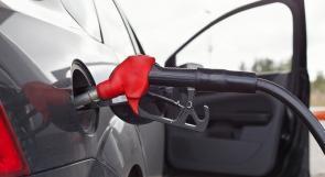 انخفاض أسعار البنزين والسولار وثبات اسعار الغاز في شباط