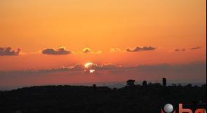 حالة الطقس: ارتفاع درجات الحرارة نهارا وانخفاضها ليلا
