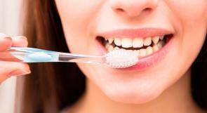 لا ينبغي تنظيف أسنانك بالفرشاة بعد الإفطار!