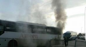 إصابة طالبين بالاختناق إثر حريق بحافلة قرب الناعورة