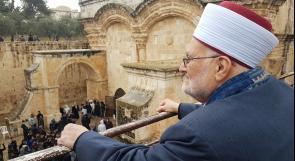سلطات الاحتلال تسلم الشيخ عكرمة صبري قرار إبعاد لمدة أربعة شهور عن المسجد الأقصى