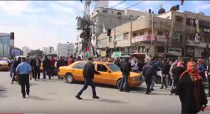 خاص بالفيديو | اضراب قطاعي النقل والتجارة في غزة احتجاجاً على سوء الاحوال