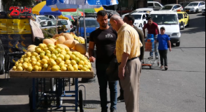 """حملات إزالة البسطات في الخليل... بين جمالية المدينة وتنظيمها """"أرزاق"""" عائلات مهددة بالقطع"""