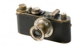 عمرها 95 عاماً.. كاميرا بيعت بـ 2.4 مليون يورو !