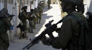 قوات الاحتلال تقتحم عدة منازل في بلدة يعبد