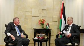الحمد الله: الحكومة ستلتزم بجميع الاتفاقيات والمبادرات السياسية الدولية