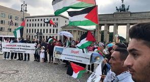 صور | وقفة جماهيرية إحتجاجية في برلين تطالب بوقف سياسة هدم الاحتلال لمنازل الفلسطينيين