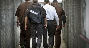 ثلاثة أسرى من الضفة يدخلون أعواماً جديدة في سجون الاحتلال