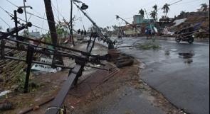 """إعصار """"عنيف"""" يهدد الهند وبنغلادش"""
