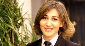 """أول لبنانية تقود طائرة: حلمي بدأ بتحدٍّ.. وأسرتي تعتبرني """"مضيفة"""""""