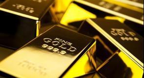 الذهب يتراجع مع تعافي الدولار