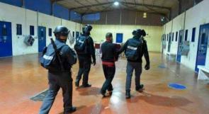 """4 إصابات جديدة بفيروس كورونا بين صفوف الأسرى في سجن """"ريمون"""""""