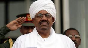 أنباء عن نقل البشير إلى سجن كوبر بالخرطوم
