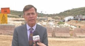 """ممثل الاتحاد الأوروبي لـ""""وطن"""": مشروعا محطة معالجة المياه العادمة وخط وادي السمن بالخليل سينعكسان إيجابا على صحة الفلسطينيين وواقعهم الزراعي"""