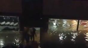 شاهد بالفيديو..غرق مطعم عائم في نهر دجلة بالعراق