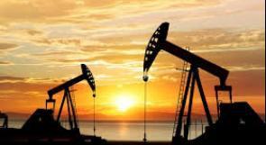 هبوط النفط متأثرا بمخاوف كورونا وارتفاع الدولار