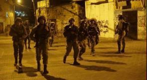 حملة مداهمات واعتقالات ومواجهات في مدن الضفة