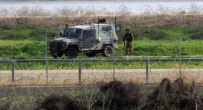 الاحتلال يعتقل شابين اجتازا السياج شمال غزة