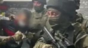 تصوير معتقلين فلسطينيين بكاميرات هواتف جنود الاحتلال ظاهرة خطيرة يجب وقفها ومقاضاة المسؤولين عنها