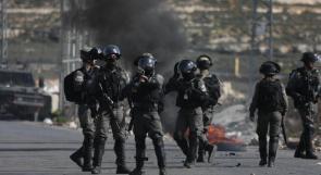 إصابة شاب بمواجهات مع الاحتلال في المزرعة الغربية