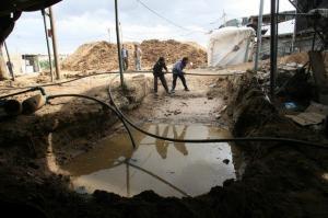 بالصور...مصر تدمر انفاق غزة