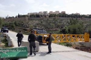 بصورة مفاجئة.. الاحتلال يغلق قرية حوسان غرب بيت لحم