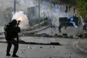 اصابة شاب برصاص الاحتلال في مواجهات بتقوع