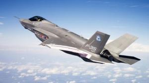 """أمريكا تسلم 3 طائرات """"اف 35 الشبح"""" لاسرائيل"""