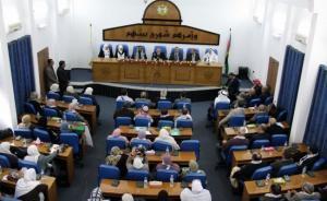 حركة حماس: التشريعي لن يحل بقرار من عباس والوطني فقد دوره