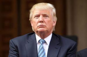 """مشكلتنا في بيتنا وليس لدى """"ترامب"""""""