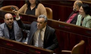 المشتركة تُعيّن زحالقة رئيسا للكتلة البرلمانية