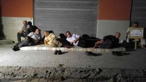 بالصور | أسر شهداء 2014 لـوطن: لم نتلقى مستحقاتنا المالية منذ انتهاء العدوان