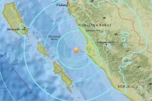 زلزال بقوة 6.5 درجة قبالة جزيرة سومطرة الإندونيسية