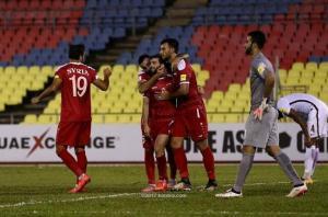 قطر تعرض استضافة منتخب سوريا وتقديم 1000 فيزا لمشجعيه !
