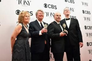 اوسلو.. مسرحية تحاكي الاتفاقية تفوز بالمرتبة الاولى في نيويورك