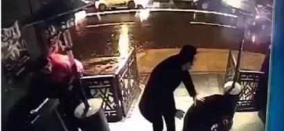 فيديو.. لحظة بدء الهجوم  في مدينة اسطنبول التركية