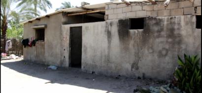 """خاص لـ""""وطن"""" بالفيديو .. خان يونس: عائلة معدمة تعيش في شبه بيت تنتظر من ينقذها"""