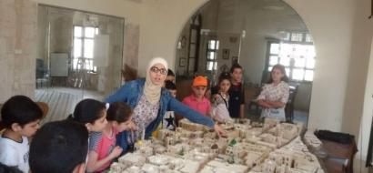 """خاص لـ""""وطن"""" بالفيديو  .. مجسم تعليمي سياحي يجسد البلدة القديمة في نابلس"""