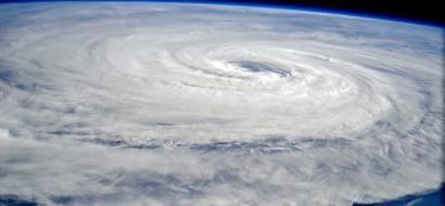 صور .. أقوى عاصفة على الأرض في طريقها إلى اليابان.. شاهد كيف تبدو من الفضاء