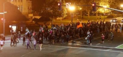 """""""نازيون جدد"""" يهددون بمزيد من المظاهرات والأحداث في الولايات المتحدة"""
