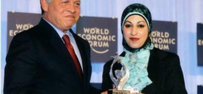 """خاص لـ""""وطن:"""" بالفيديو.. الخليل: فداء أبو تركي.. مبادراتها المجتمعية قادتها لـ6 جوائز عالمية"""