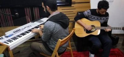 """خاص لـ""""وطن"""": بالفيديو.. بيت لحم: """"مفر"""".. فرقة موسيقية تطرح أغاني تحاكي مشكلات الشباب والمجتمع"""