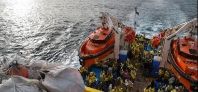 إسبانيا تنقذ 600 مهاجر في يوم واحد