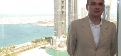 """سجن صحفي اردني 3 سنوات في الإمارات بسبب منشور على """"فيسبوك"""""""